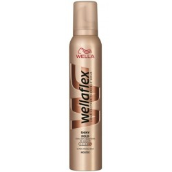 Пяна за коса Wellaflex Shiny hold 200ml
